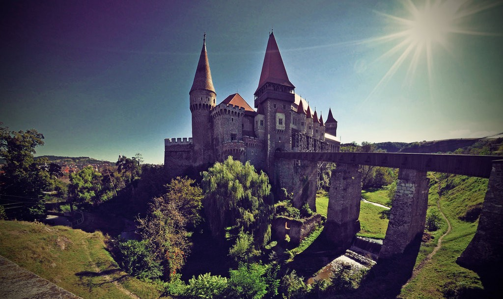 Corvin Castle | © fusion-of-horizons/ Flickr