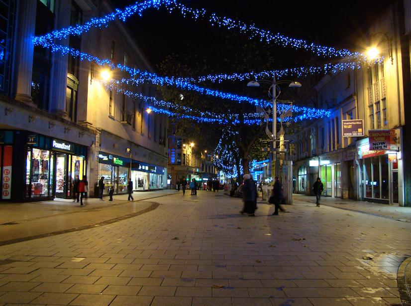 Cardiff Queen Street ©Jon Candy/Flickr