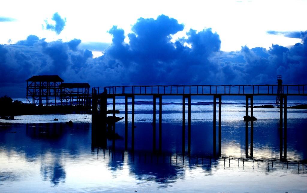 Boardwalk at Cloud 9   © Jojoscope / Flickr