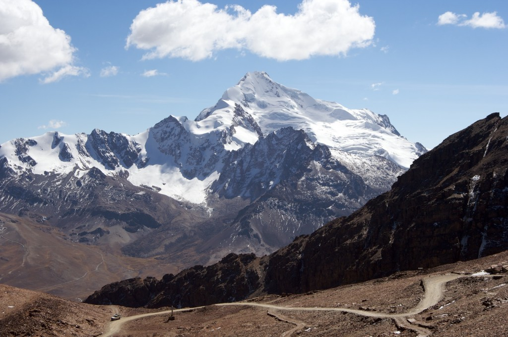 Snow on the Huayna Potosí | © mark goble/Flickr