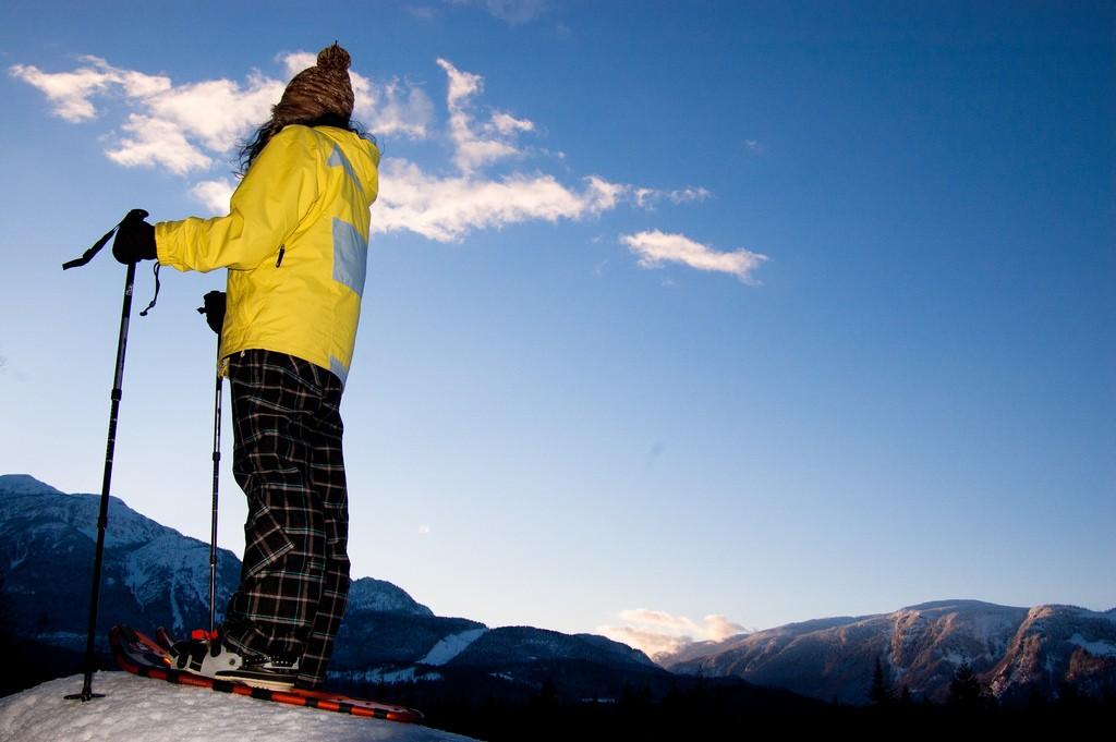 Snowshoeing © Jay Morrison / Flickr