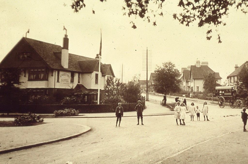 Station Road, 1910, Letchworth Garden City | © JR James Archive / Flickr