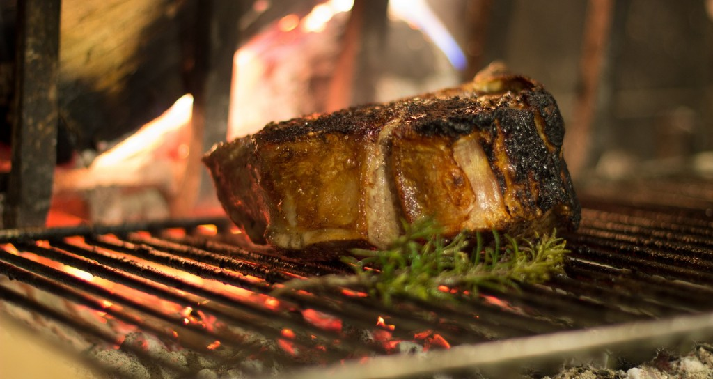 Meat cooking on a BBQ   Pixabay