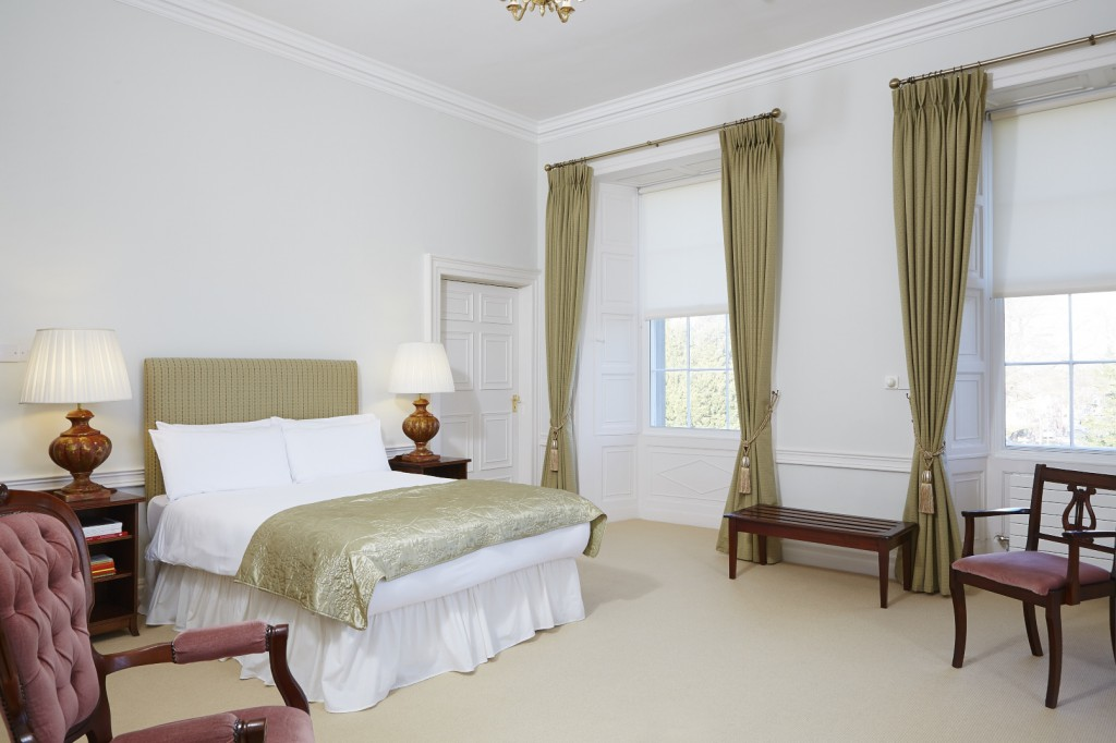 The Dublin Room | Courtesy of Maynooth Accomodation