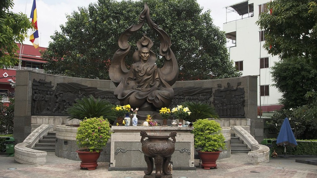 The Venerable Thich Quang Duc Monument © Clay Gilliland / Wikimedia Commons