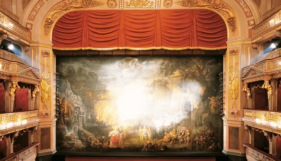 Деликатно оформленный фон Театра Вены |  Предоставлено Театром ан дер Вена
