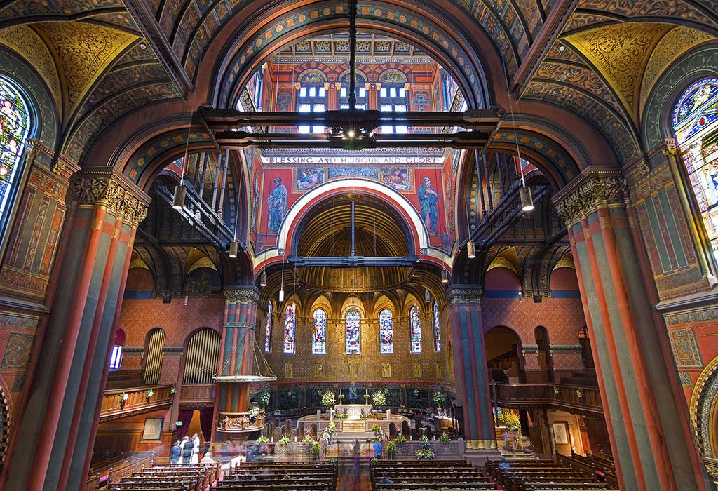 Church Tour In Boston