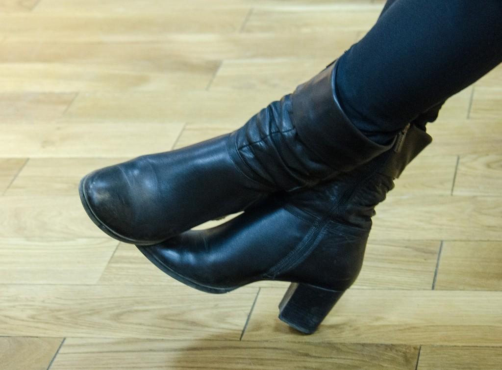 women's boots / Max Pixel. FreeGreatPicture.com