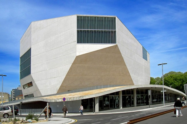 Casa da Música, Porto © António Amen / Wikimedia Commons