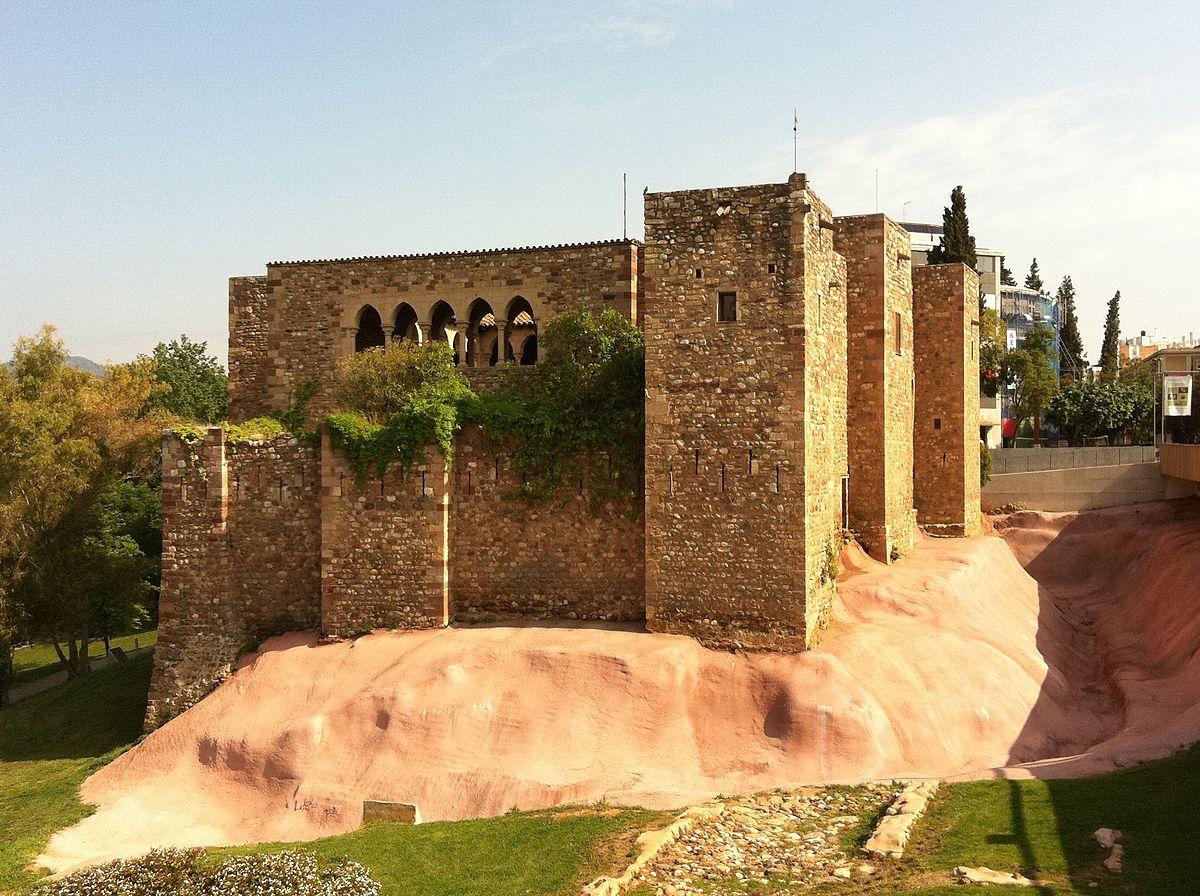 The castle of Vallparadís © Kippelboy