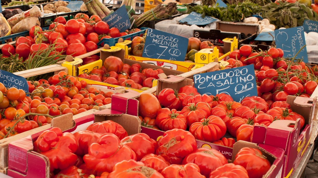 Tomatoes at the market | © blondzilla/Flickr