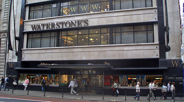 The outside of Waterstones Piccadilly