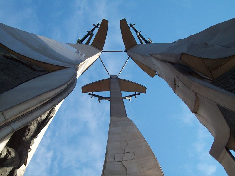 Monument to the Fallen Shipyard Workers of 1970, Gdansk   © altotemi / Flickr