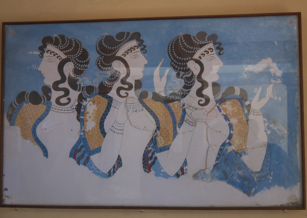 A brief look at knossos 39 9 000 year history for Dolphin mural knossos