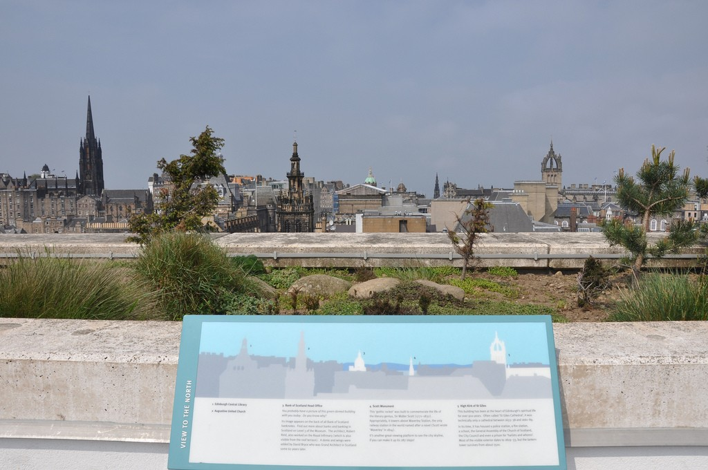 National Museum Rooftop | © morebyless/Flickr