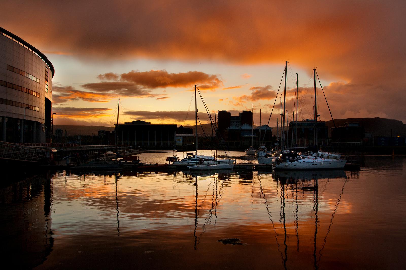 Belfast Sunset   © Tim Fields/ Flickr
