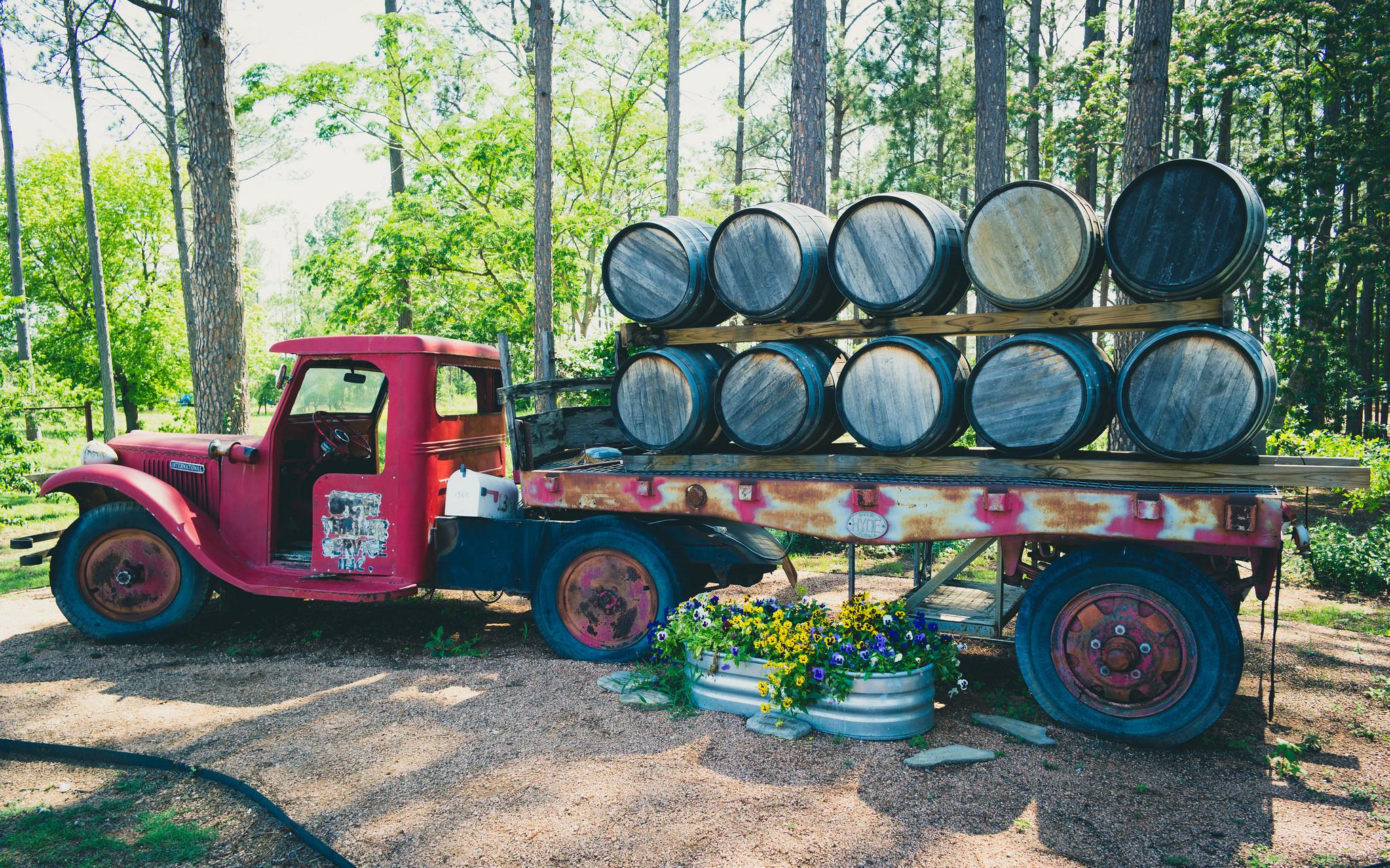 Fischer & Wieser Fredericksburg Das Peach Haus Truck   © Nan Palmero / Flickr