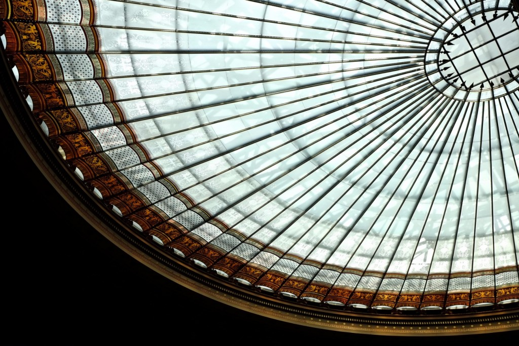 Glass roof of Austria's Parliament building | © Gabriel Hess / Flickr