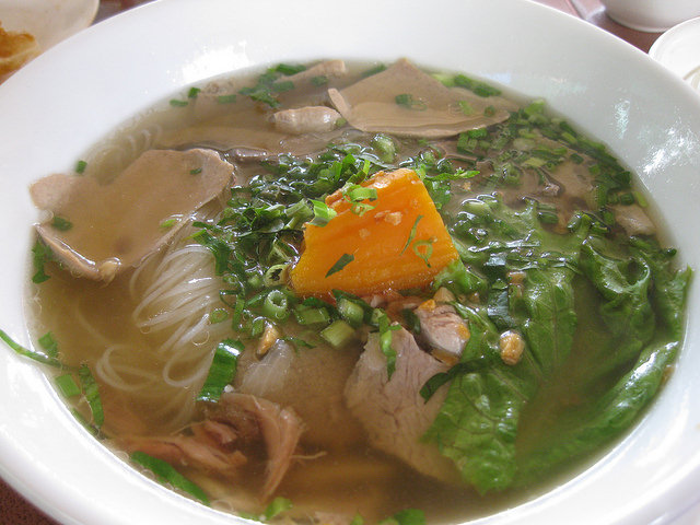 Noodle Soup is common in Cambodia (c) Shankar/ Flickr https://www.flickr.com/photos/shankaronline/