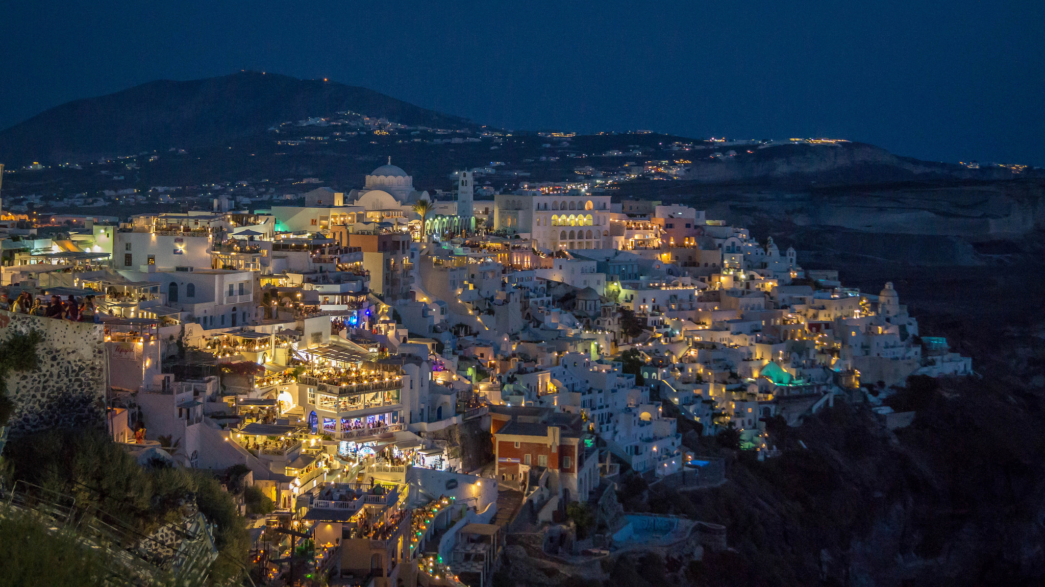 Fira by night | © Gabriela Fab / Flickr