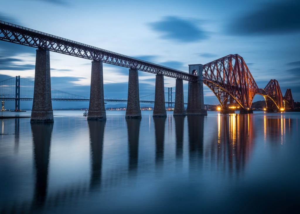 Forth Bridge   © Chris Combe/Flickr
