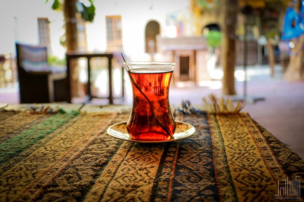 Glass of Turkish Tea | © Bengin Ahmad/Flickr