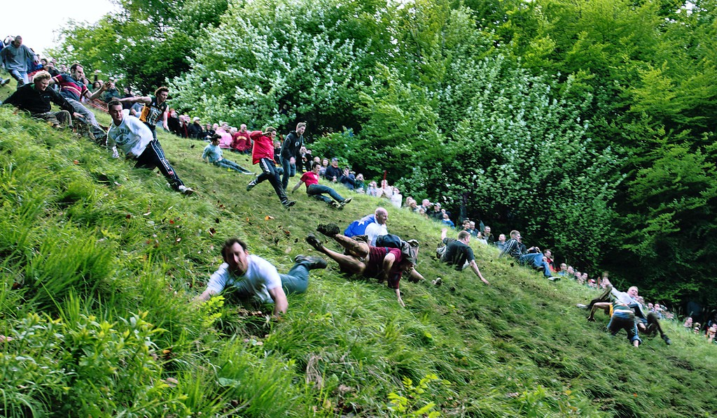 A Quick Guide To Cheese Rolling England S Strangest Sport