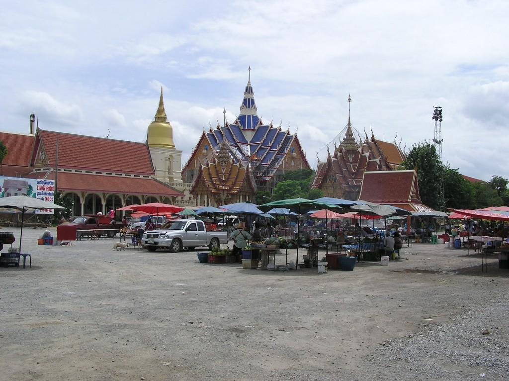 Wat Bang Phra, Thailand | © Michelle Hamilton / Flickr
