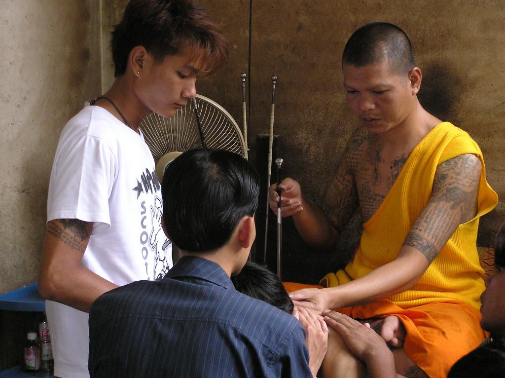 A monk tattooing in Thailand | © Michelle Hamilton / Flickr