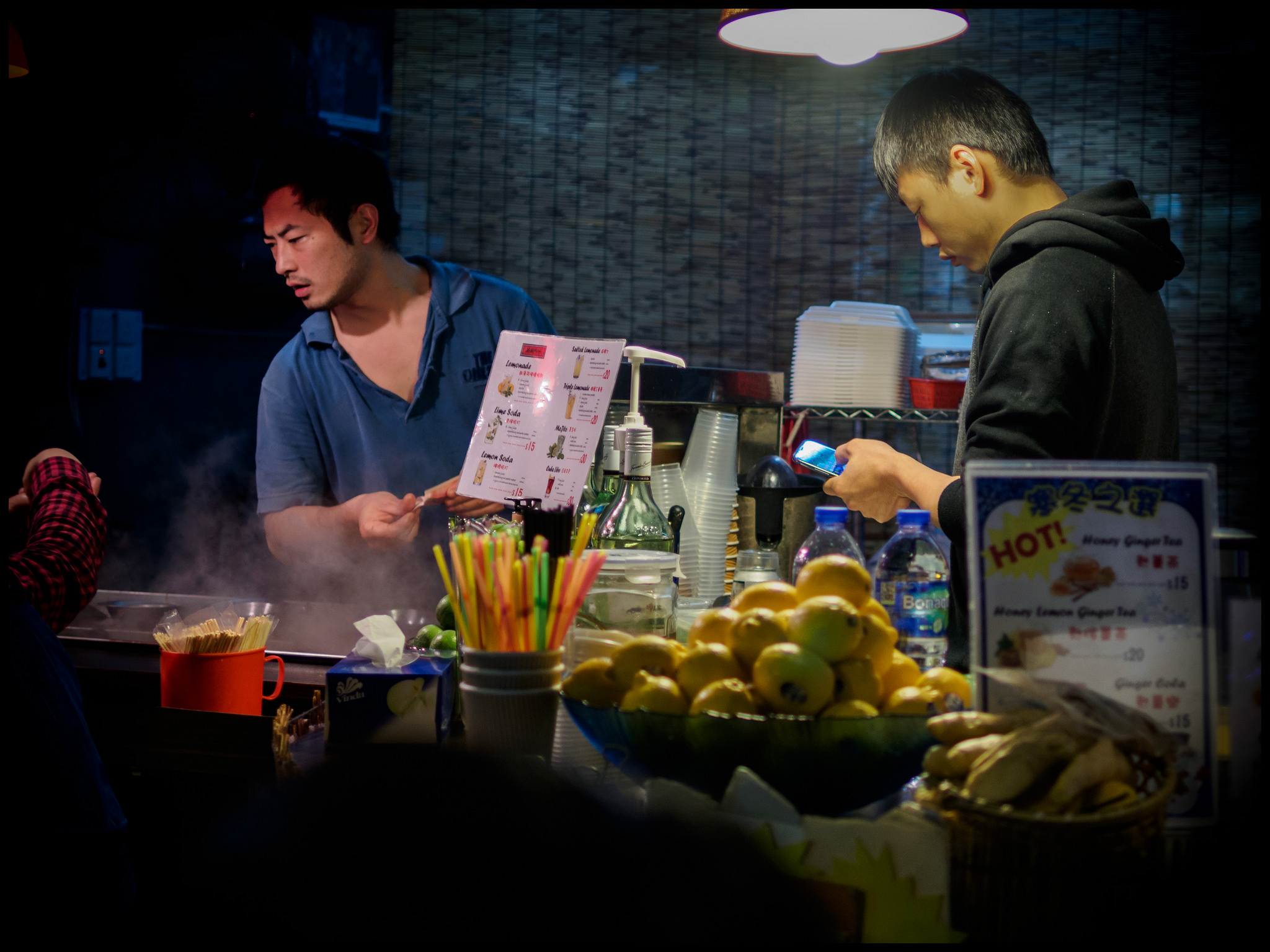 Hong Kong street food   © David Guyler/Flickr