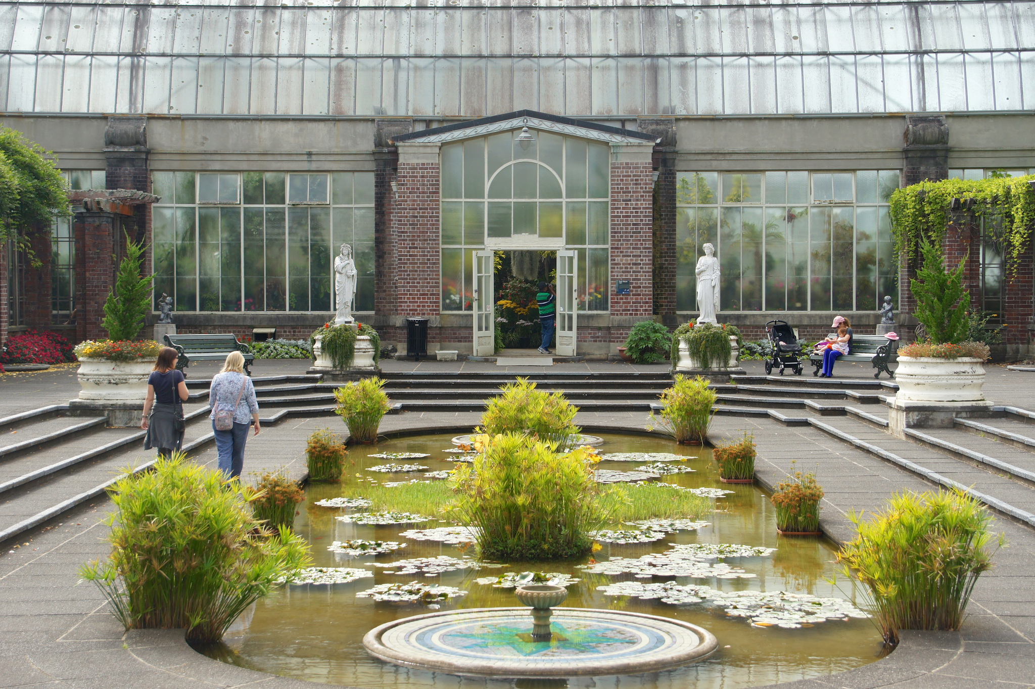 the best parks and gardens in auckland