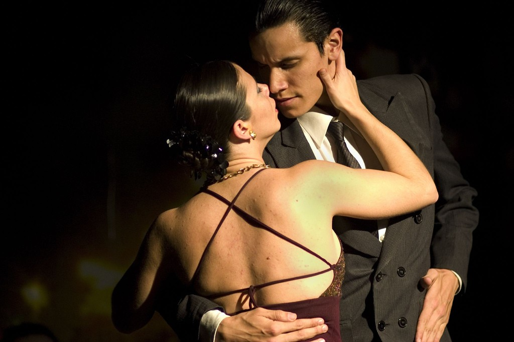 The Argentine tango actually originated in Uruguay | © Audrey Sel / Flickr