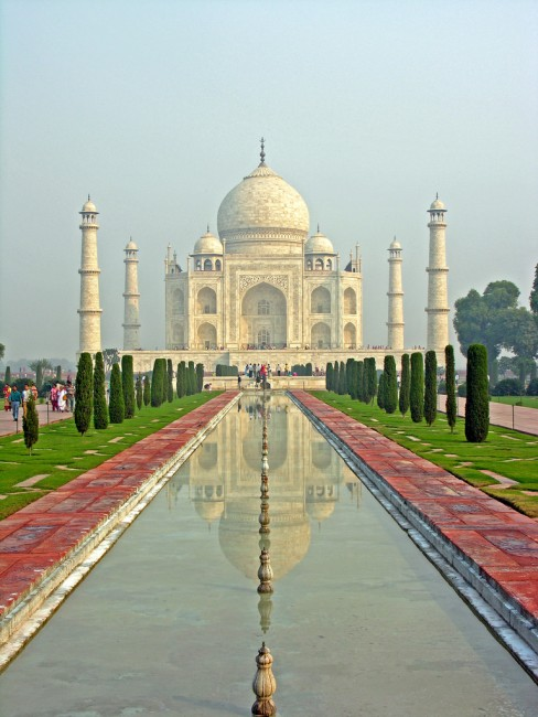 Reflection of the Magnificent Taj Mahal © Dennis Jarvis/ Flickr