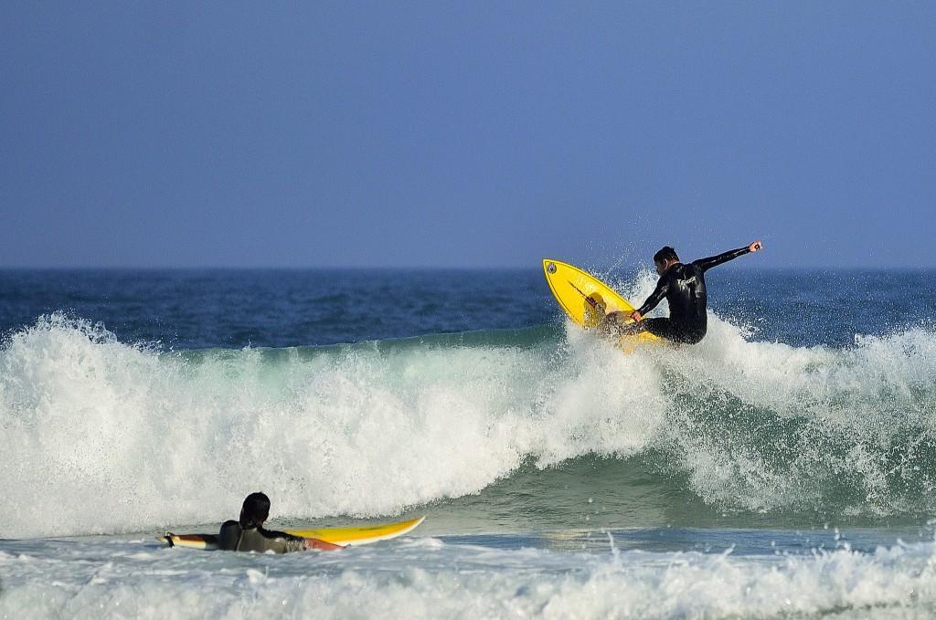 Surfing in Floripa / © Papa Pic / Flickr