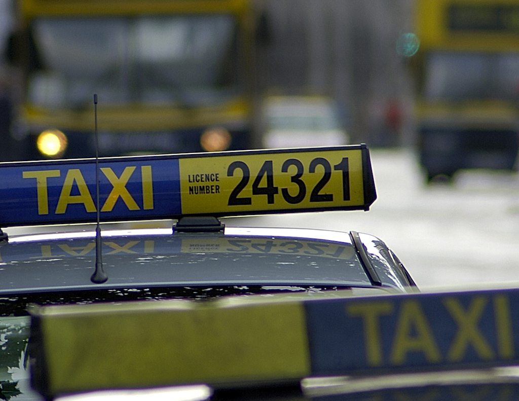 Taxi | © Anna & Michal/Flickr