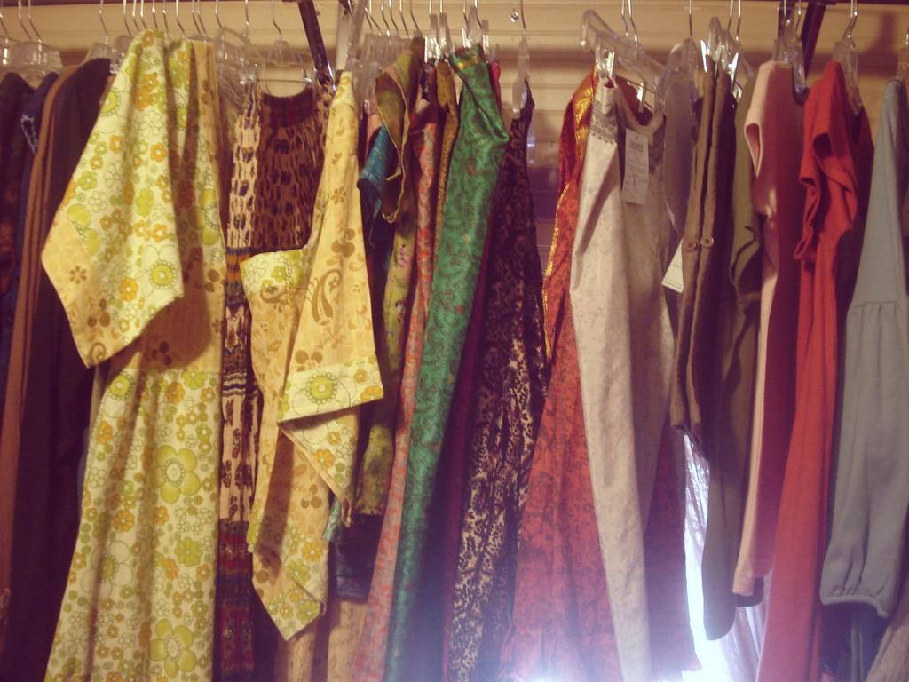 Vintage Clothes | © Demi-Brooke / Flickr