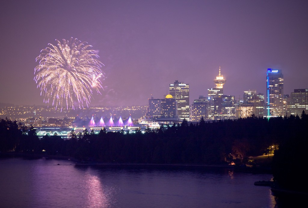 Canada Day Fireworks at Canada Place | © Kenny Louie/Flickr