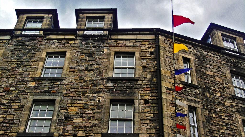 Corner Building At Grassmarket   © D. Sinclair Terrasidius/Flickr