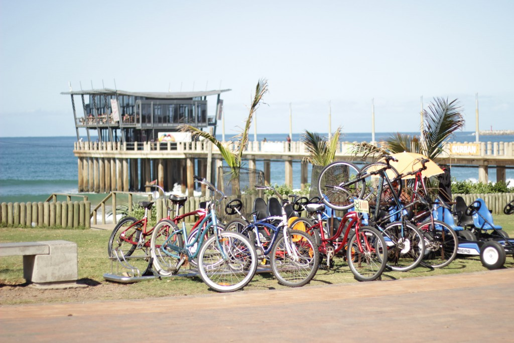 The Golden Mile promenade offers the best views of the Indian Ocean whilst cycling © Palesa/flikr