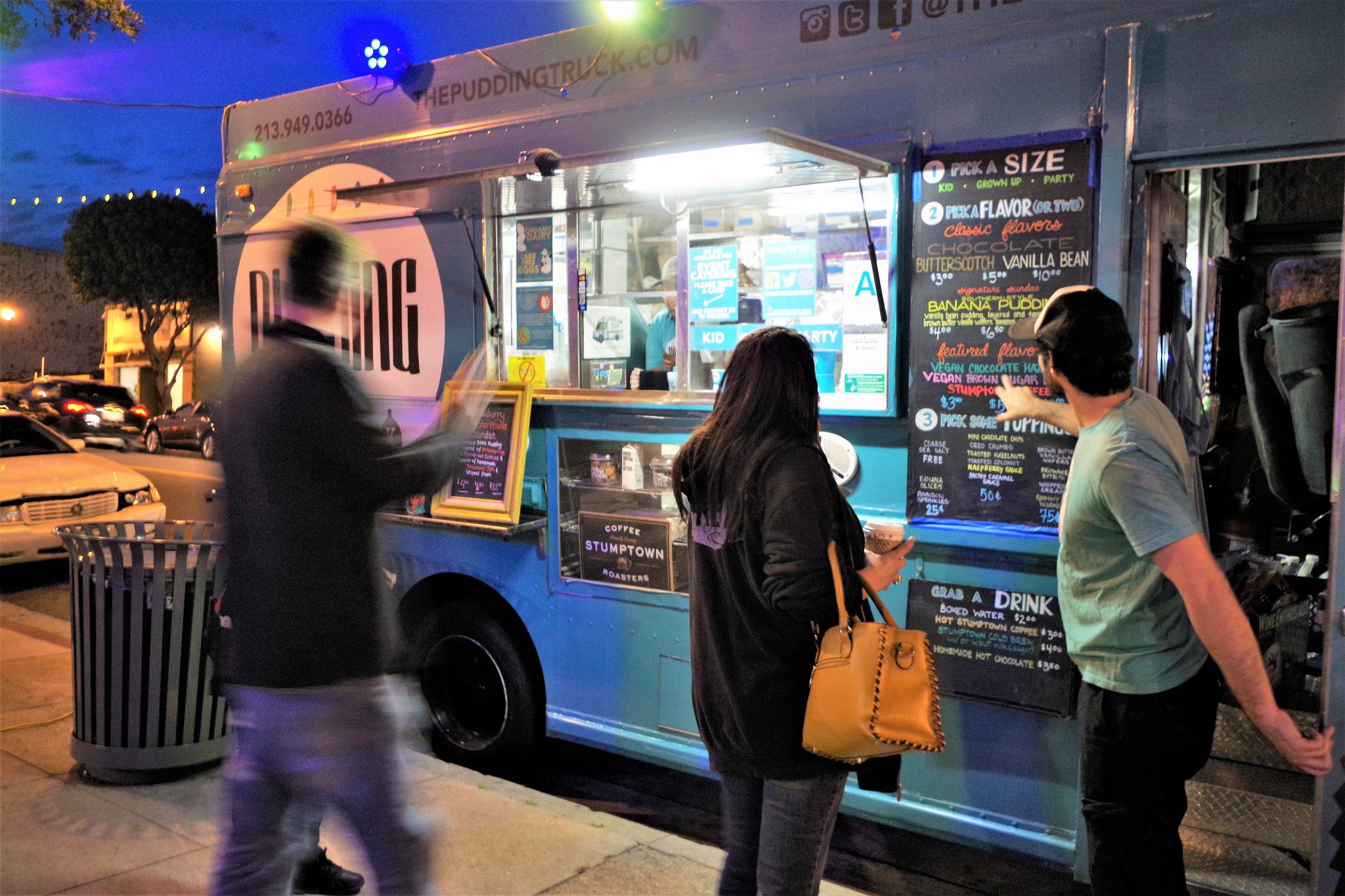 A food truck   © Djoey zanotti/Flickr