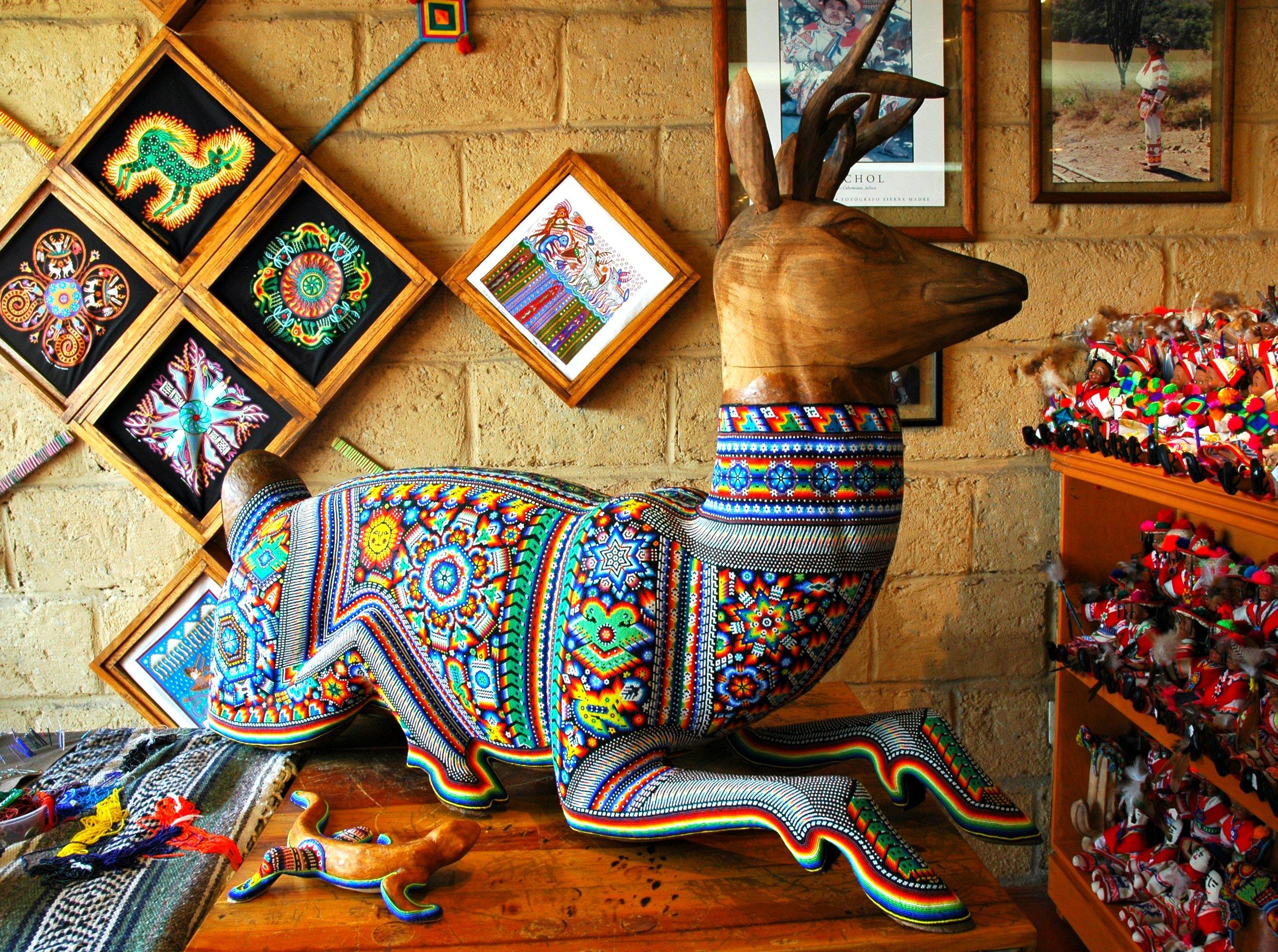 Huichol beading   © Wonderlane/Flickr
