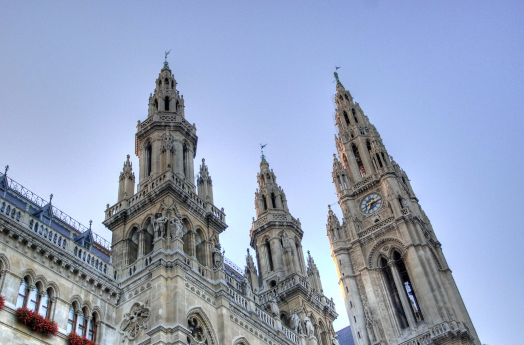 The outside of the Vienna City Hall | © bekassine... / Flickr