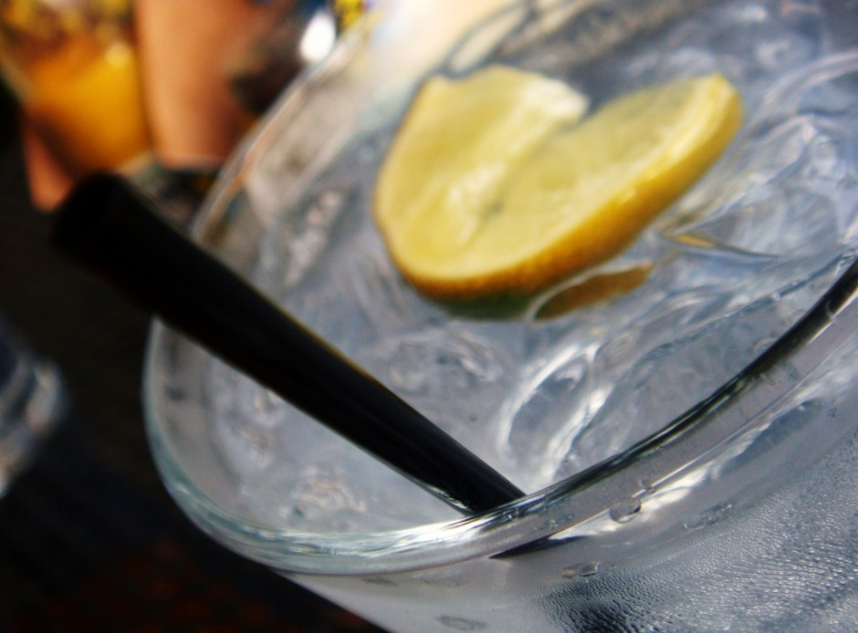 Close up of a gin and tonic