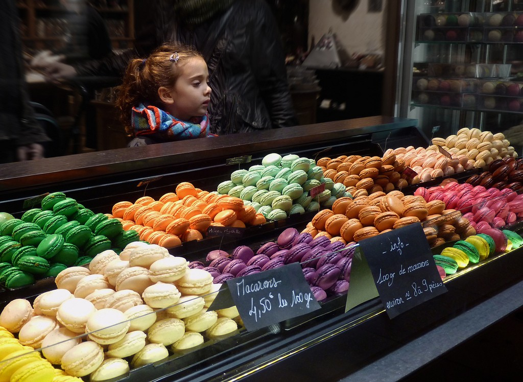 Even the presentation of macarons is an art form | © Etienne Gérard/flickr