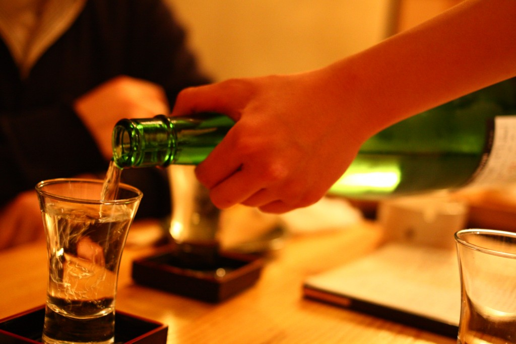 日本酒 (Nihonshu) | ©Tatsuo Yamashita / Flickr
