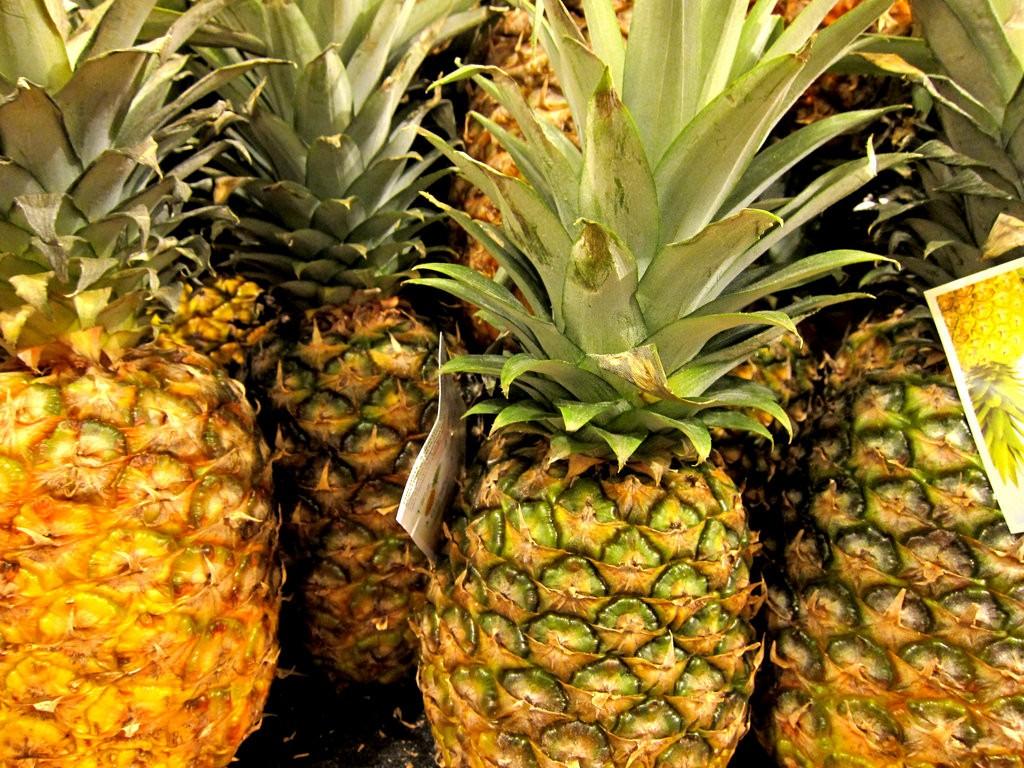 Pineapples |© Alexander Acker/Flickr