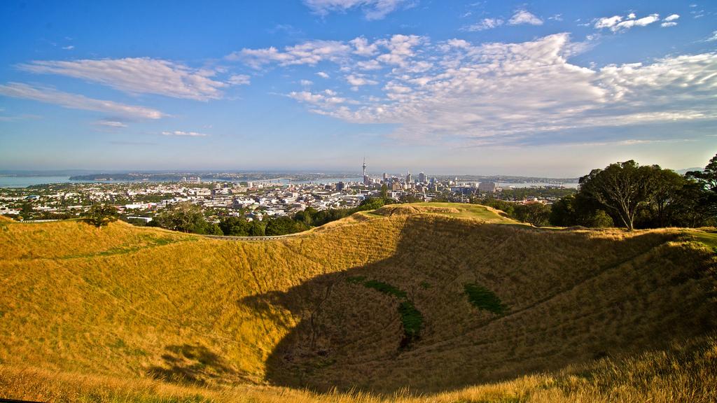Mount Eden, Auckland   © macronix/Flickr