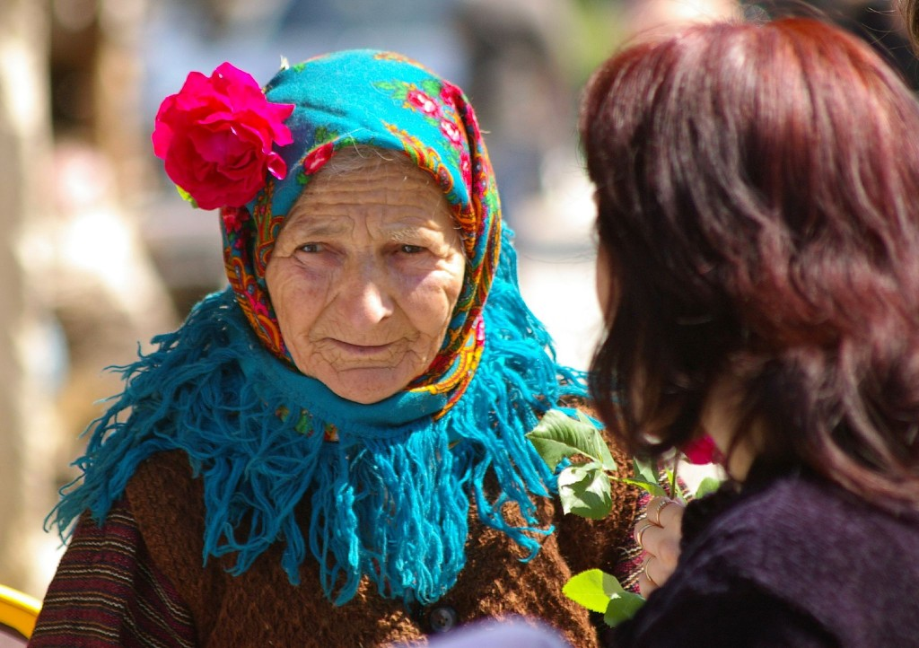 Old lady with a rose I ©Donald Judge/Flickr