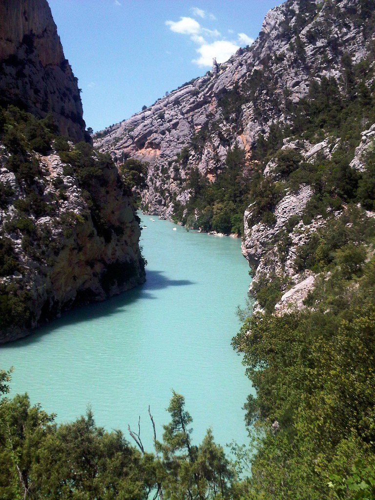 The Gorges du Verdon is perfect for wild swimming and kayaking | © Josef Grunig/flickr