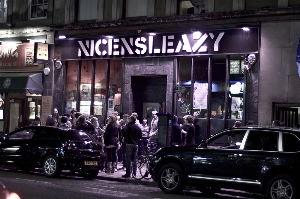 Nice N' Sleazy | © twistyfoldy.net/Flickr